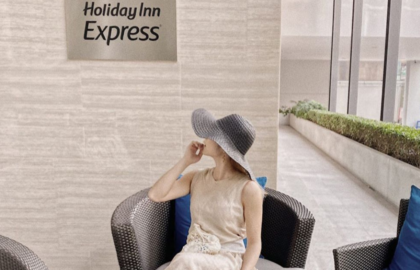 Must-Follow-Noel-A-Chic-Japanese-Fashion-Travel-Influencer